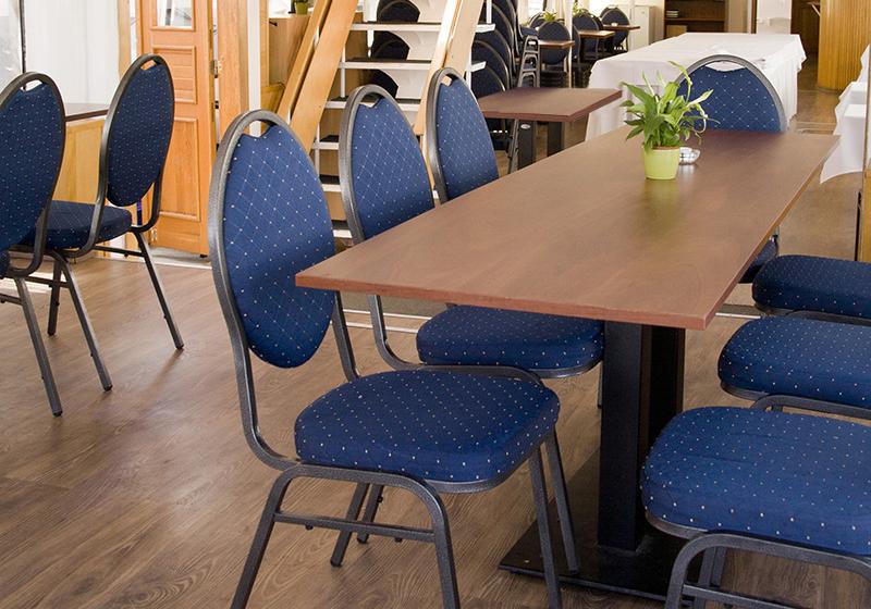 Hliníkové banketové židle