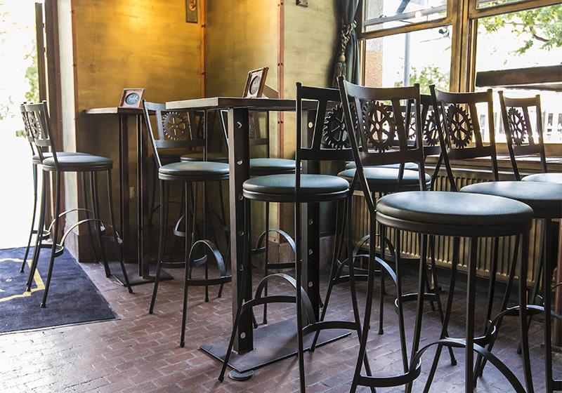 Kované barové židle