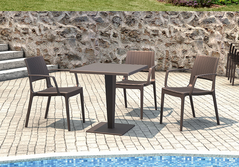Polyratanové židle