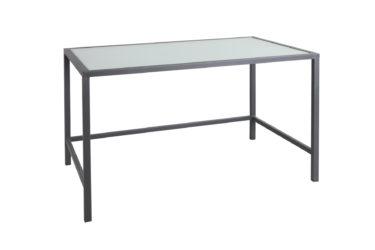 Bufetový stůl