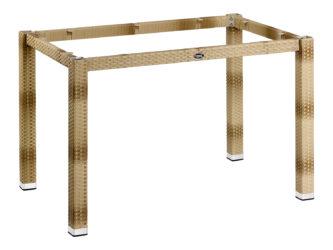 Ratanový stůl