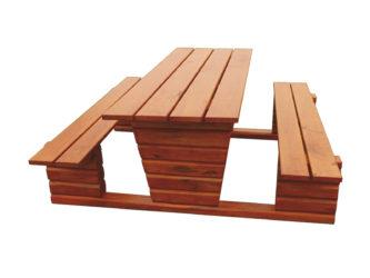 Zahradní stůl - ve velikosti pro mateřské školky