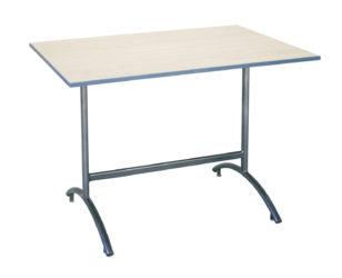 stůl na koleje