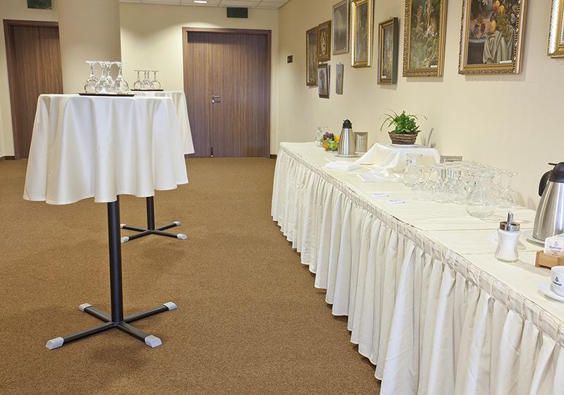 Barové stoly, podnože barových stolů