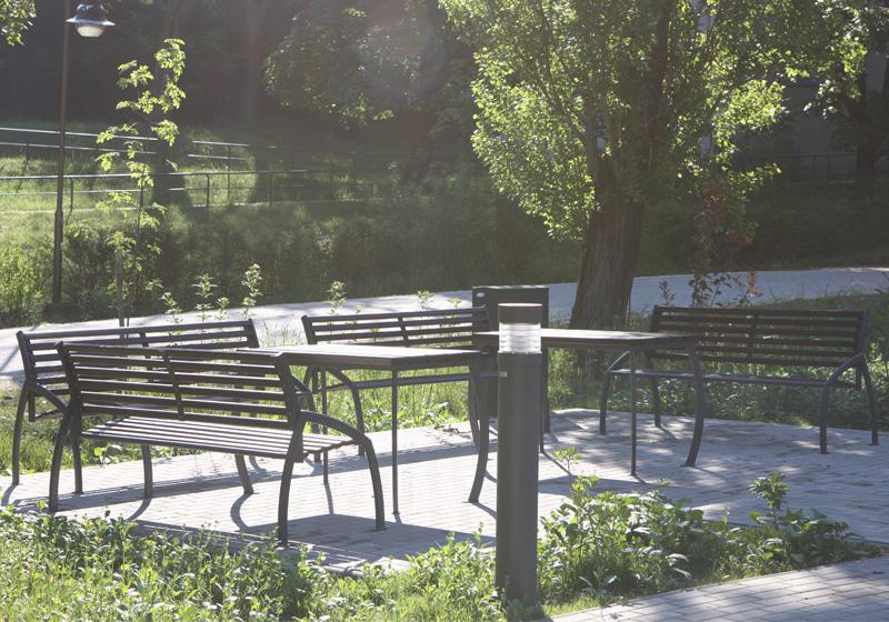 Venkovní a zahradní stoly