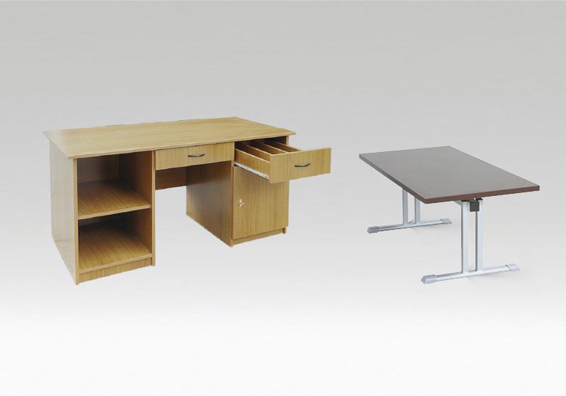 Čtenářské stoly